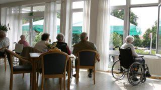 第18話 こっち〈北側ホール〉の男性たち -実録 蘇生した介護老人-